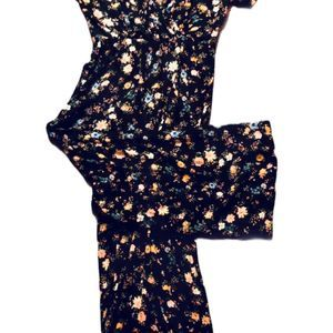 wild fable Pants & Jumpsuits - Floral Romper Size Small